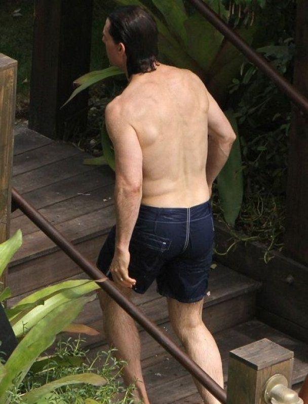 Том Круз на свій день народження показав підкачаний торс