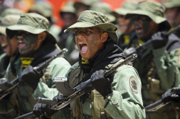 Парад на честь 200-річчя незалежності Венесуели_6