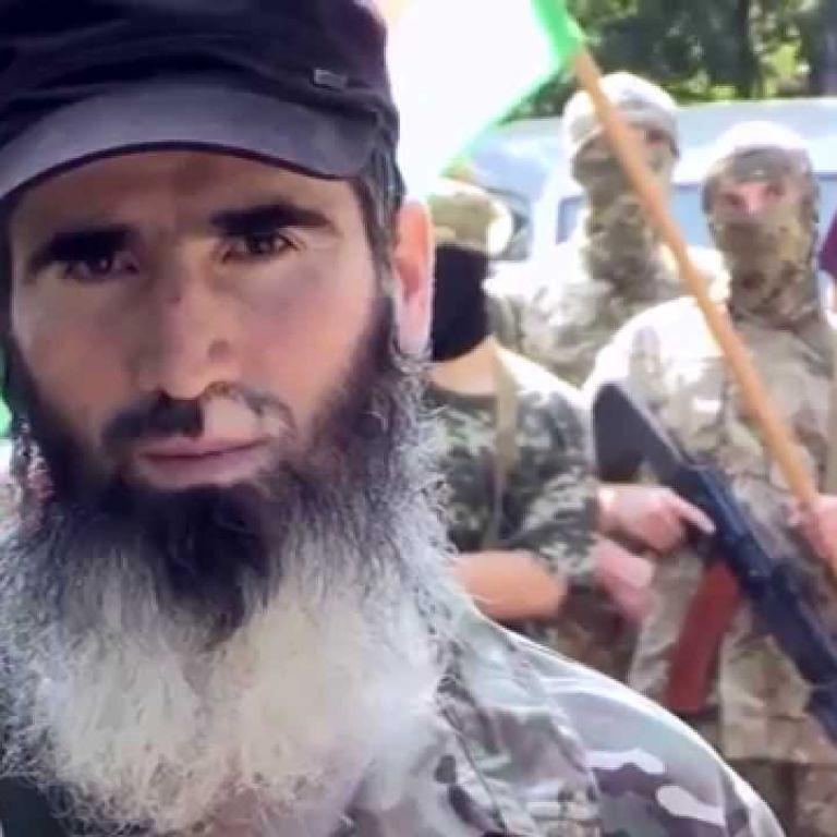 Командир чеченського батальйону імені Шейха Мансура назвав винуватця замаху на Осмаєва і Окуєву