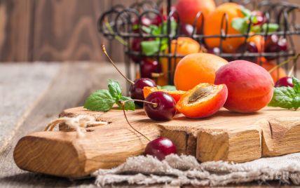 Заготовки на зиму: консервированные  абрикосы с вишней