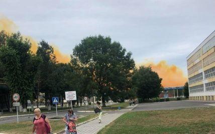 Поблизу Рівного на заводі стався вибух, на місто суне жовта хмара