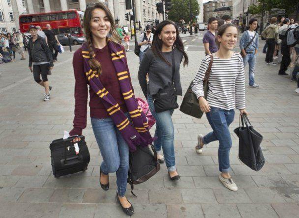 Лондон захватили фанаты Гарри Поттера