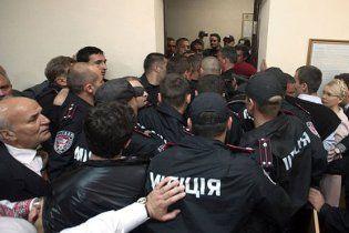 Нардепы вызвали в Печерский суд милицию