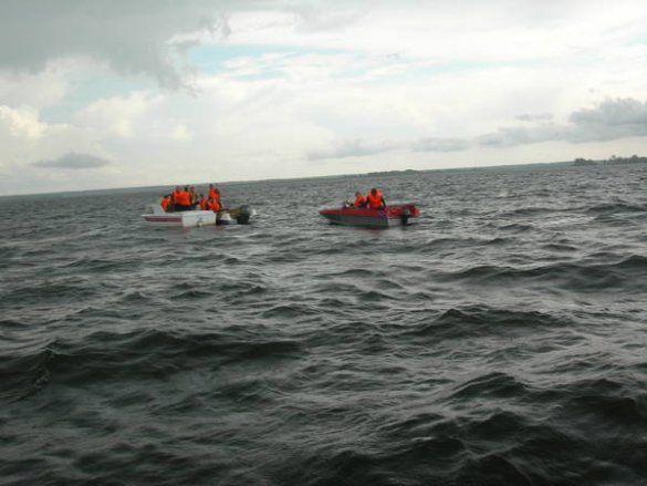 """Рятувальна операція на місці затоплення теплохода """"Булгарія""""_2"""