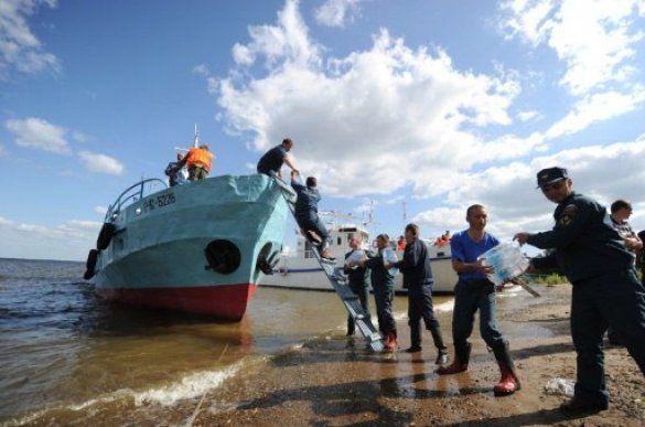 """Рятувальна операція на місці затоплення теплохода """"Булгарія"""""""