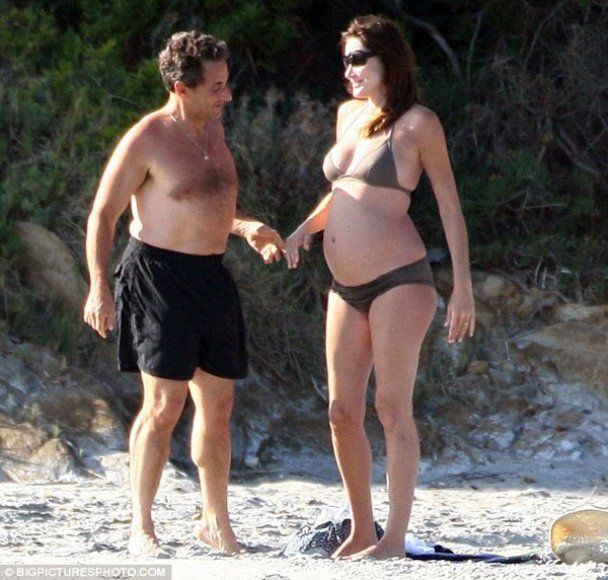 Карла Бруни вышла замуж за Саркози за знание ботаники