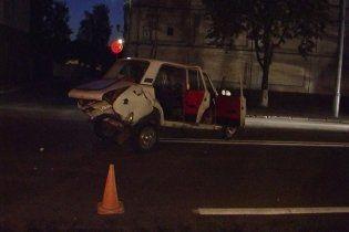 В Киеве бетономешалка раздавила водителя Toyota