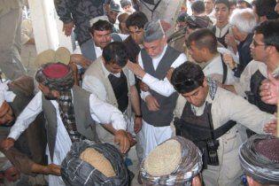 Похороны брата президента Афганистана завершились взрывами