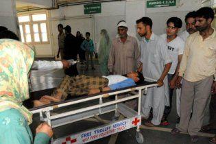 В Мумбаи прогремела серия взрывов: сотня пострадавших