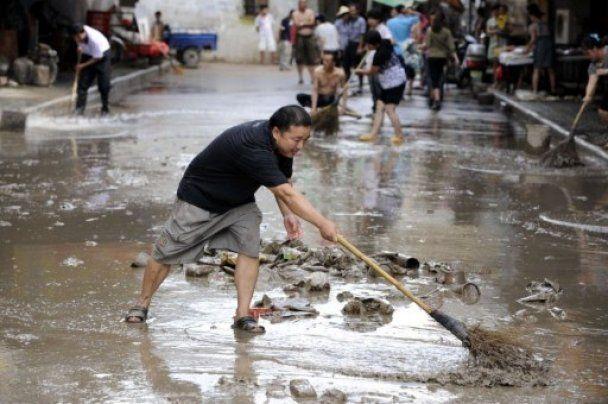 Жертвами повеней у Китаї стали понад 460 осіб