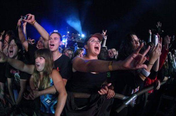 Байк-шоу в Севастополі вразила блискавка