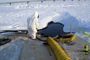 На Аляске прорвало трубопровод и произошла утечка нефти