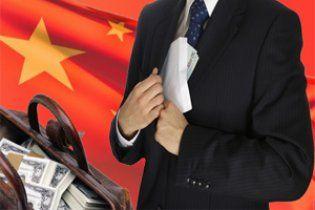 У Китаї розстріляні два віце-мера, один з яких витрачав хабарі на коханок