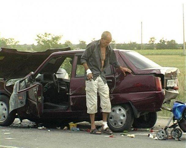 Под Мелитополем произошло ДТП с участием 7 авто: 5 человек пострадали