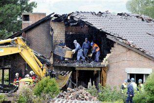 Швейцарець на літаку протаранив будинок матері, образившись на неї
