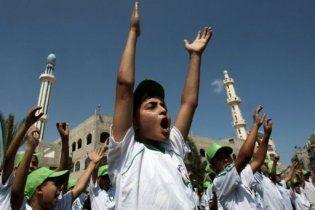 """Палестинські літні табори для дітей-""""шахідів"""" носять імена терористів-убивць"""