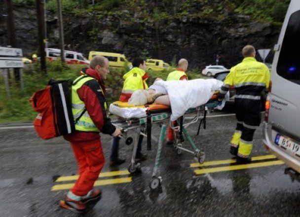 Очевидці бійні в Норвегії: підлітки кричали, нападник спокійно добивав поранених