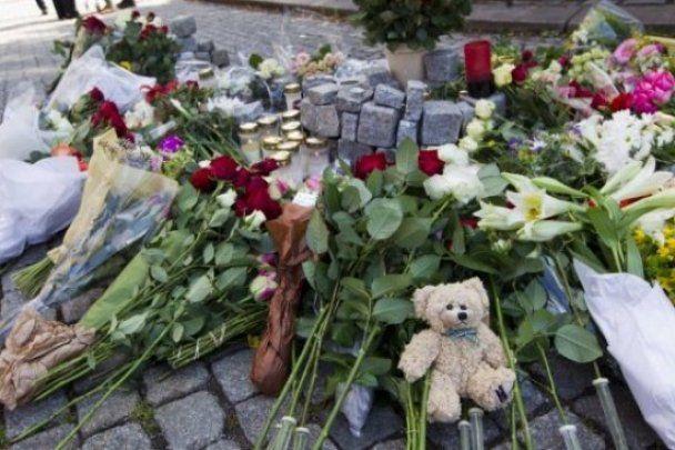 Полиция понизила количество жертв терактов в Норвегии до 76
