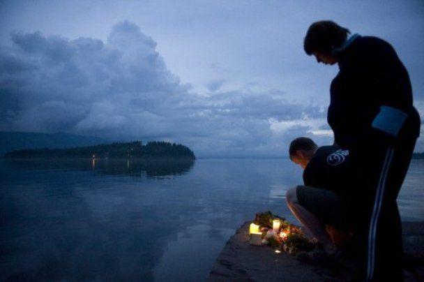 Оприлюднено подробиці, як терорист готувався до масового вбивства у Норвегії