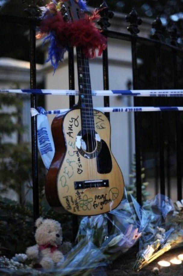 Злочинці обікрали будинок Емі Вайнхаус