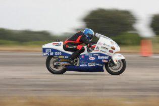 Встановлено новий рекорд швидкості на мотоциклі - 502 км/год (відео)