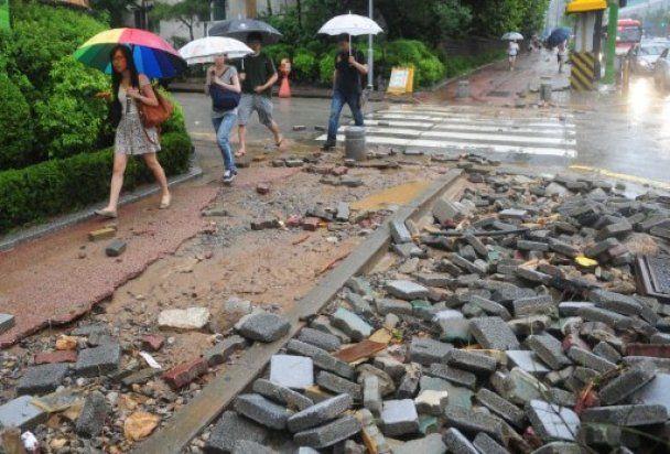Селевий потік накрив курорт в Південній Кореї, більше 20 людей загинули