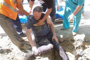 У Сімферополі чоловік помер через 16-годинне перебування у вузькій ямі