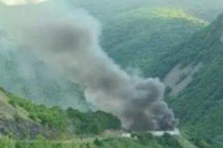 На кордоні Сербії та Косово невідомі спалили КПП та прогнали прикордонників