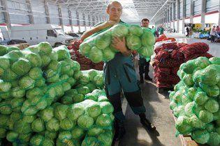 """Оптовый рынок """"Столичный"""" может превратиться в обычный базар"""