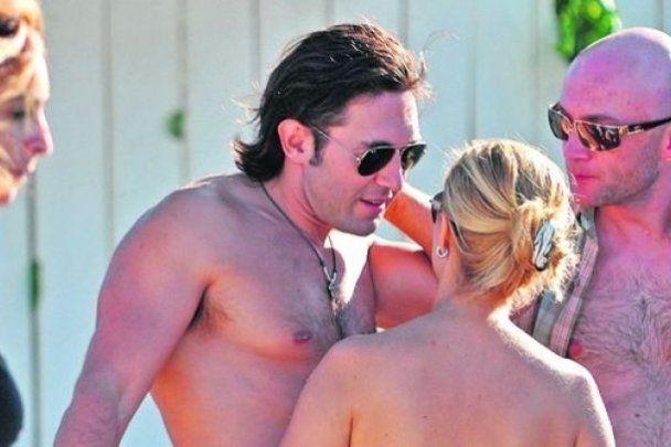 Малахов вывез свою жену на медовый месяц в Сен-Тропе