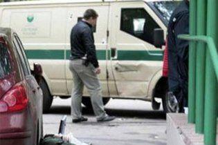В Киеве неизвестные отобрали у инкассаторов сумку с 370 тысячами гривен