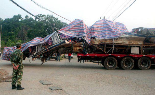 Наслідки жахливої аварії потягів на швидкості 300 км/год
