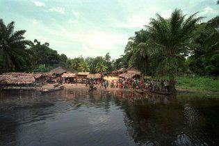В Конго из-за столкновения лодок погибло более 100 человек