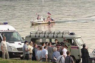 На Москве-реке затонул катер, погибли не менее 8 человек