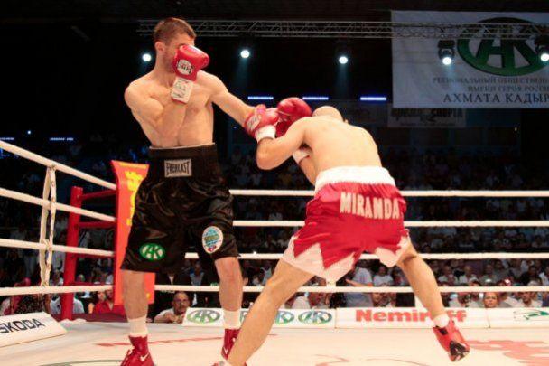 Чеченский боксер выиграл чемпионский бой в Одессе (видео)