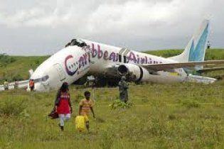 Пассажиры Boeing, который развалился на куски, чудом уцелели