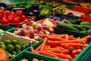 Подешевшання овочів та фруктів майже зупинилось