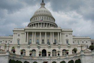 Сенат США підтримав проект по держборгу, запобігши дефолту