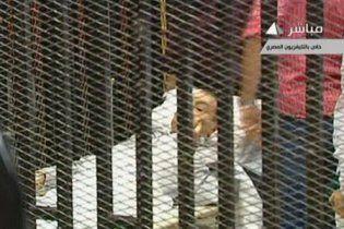 В Египте ходят слухи, что от жалости к Каддафи Мубарак умер