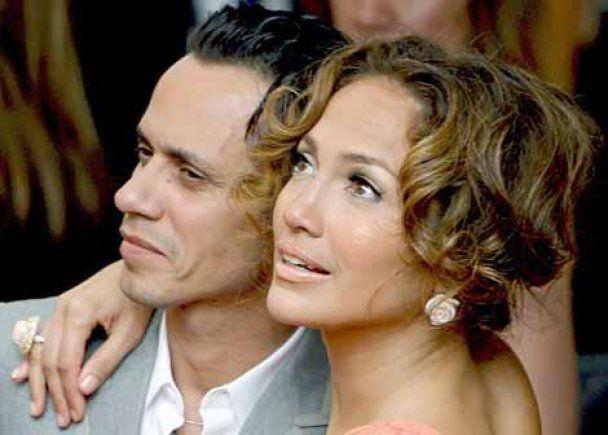 Дженніфер Лопес розлучилася з чоловіком через відсутність романтики