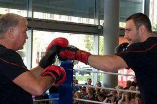 Віталій Кличко розпочав підготовку до бою з Адамеком