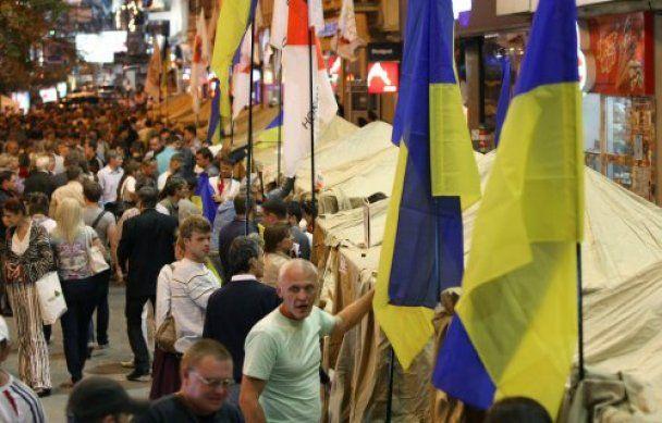 МВД: палатки возле Печерского райсуда могут снести во вторник