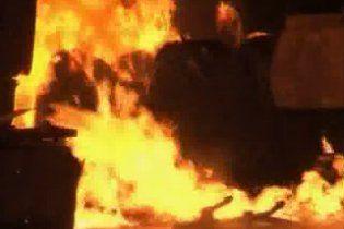 Вибухом у Пакистані знищені шістнадцять автоцистерн НАТО