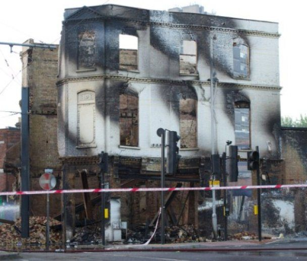 Лондон у вогні: три доби погромів
