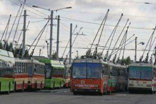 """В Одесі п'яний слюсар """"замінував"""" тролейбусне депо"""