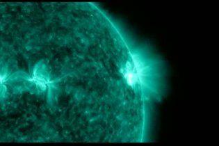 NASA обнародовало видео сильнейшей за последние пять лет вспышки на Солнце