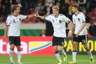 Збірна Німеччини впевнено перемогла Бразилію (відео)