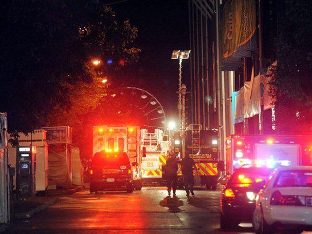 В США ветер повалил сцену на ярмарке, четверо погибших