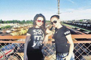 На Донеччині п'яний водій протаранив групу дівчат, двоє загинули