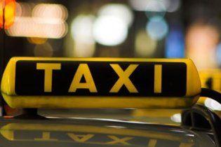 В Варшаве таксисты заблокировали движение на дорогах